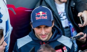 Sainz happy with improved reliability at Toro Rosso