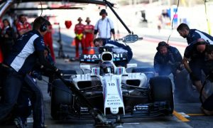 Lowe: Williams better than Mercedes on several levels