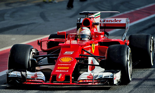 Vettel sets new test record, as McLaren continues to falter