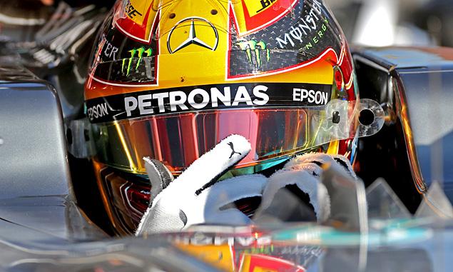 Hamilton believes Ferrari threat is no bluff