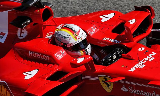 Vettel fastest, furthest on penultimate test day