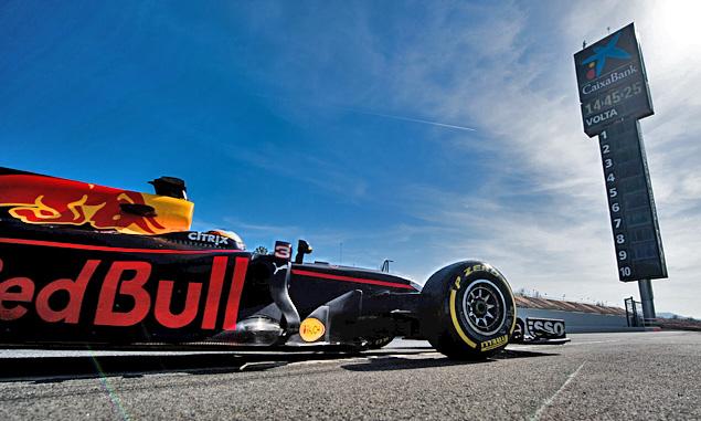 Ricciardo: 'awesome' to start season with home race