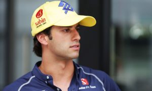 Felipe Nasr lights up Twitter and insults Palmer!