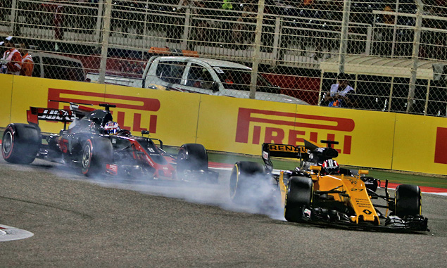 Hulkenberg 'really wrestling' with Renault race pace