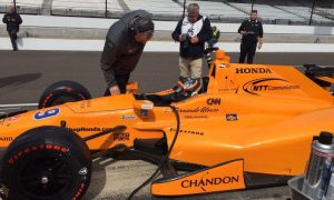 Alonso passes Indy rookie test with flying colors!