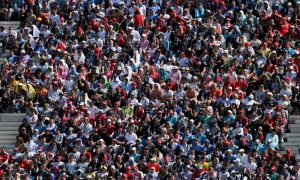 Pay-per-view hits F1 viewing figures, admits Carey