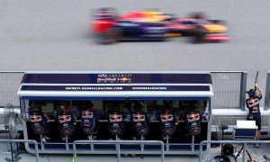 Pit wall command centers no longer needed - Symonds