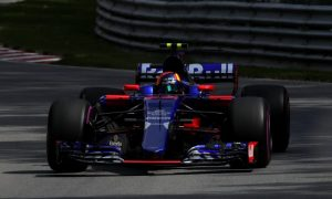 Sainz communication mix-up almost led to disaster