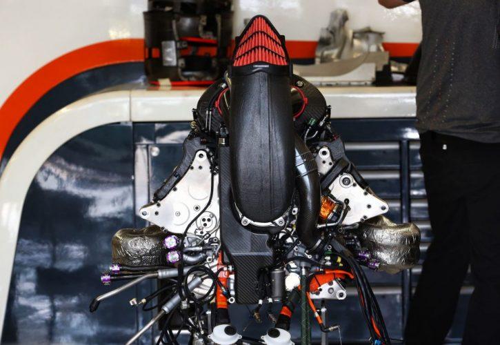 Honda power unit elements in the McLaren MCL32