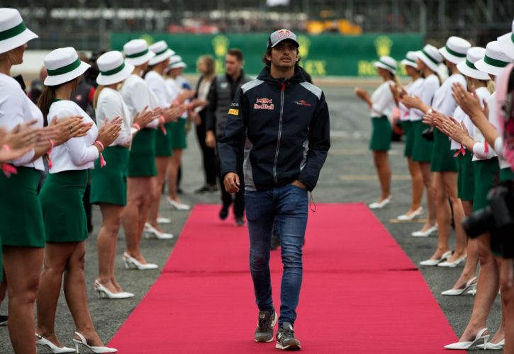 Sainz to race for Toro Rosso in Hungary