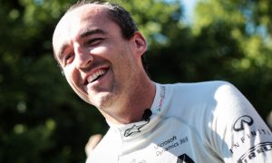 Renault won't give Palmer race seat to Kubica