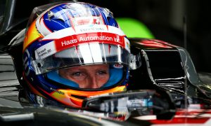 Grosjean: Stewards lenient with Hamilton due to title fight