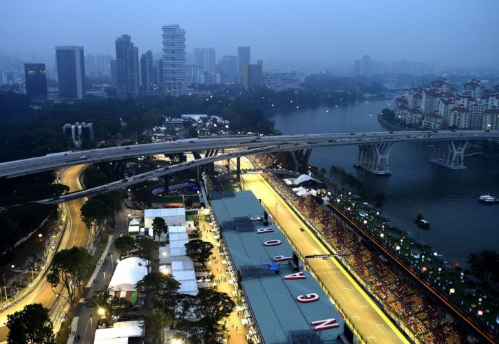 miglior servizio 4a6a0 db429 Singapore Grand Prix closes in on new F1 deal for 2018 and ...