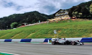Grosjean confident of quick fix in time for Sunday