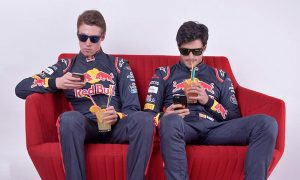 Kvyat and Sainz waiting for lights out!