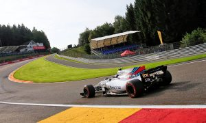 Williams to face stewards over tyre infringement
