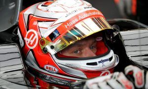 Magnussen wary of a 'tough race with so many corners'