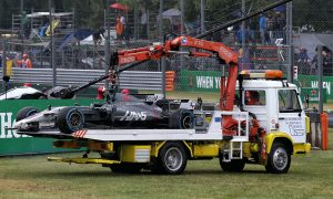 Grosjean criticises decision to start qualifying