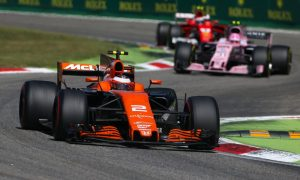 McLaren afflicted with double-DNF gut-wrenching day