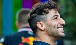 Ricciardo taking title seriously in contract talks