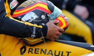 Aggressive stance on Sundays paid off in 2017 - Sainz