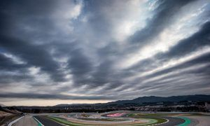 Teams resume testing in Barcelona on Day 4