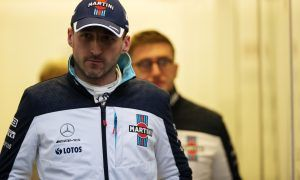 Kubica more 'rookie' than experienced racer in Melbourne