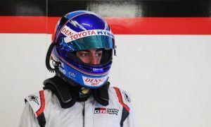 Another venture, another new helmet for Fernando