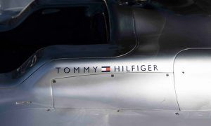 Mercedes gets dressed up by Tommy Hilfiger