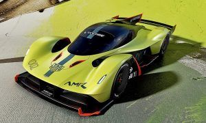Horner and Newey show off new Aston Martin Valkyrie AMR Pro