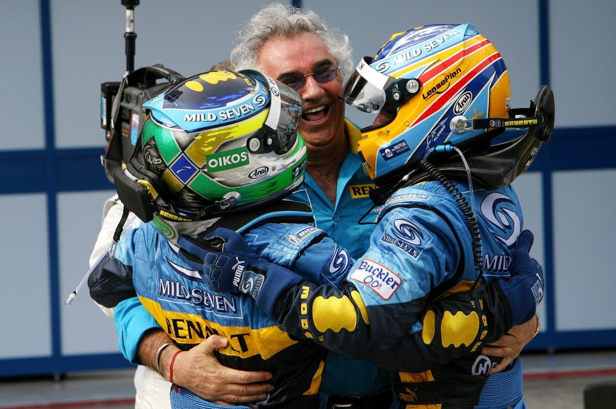 Flavio Briatore (ITA), managing director, Renault F1 Team celebrates with Fernando Alonso (E), Team Renault and Giancarlo Fisichella (IT), Team Renault.