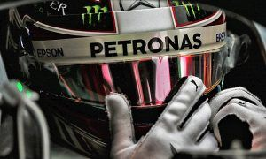 Hamilton ends final day with fastest lap of the week