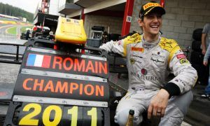 It's a 32-gun salute to Romain Grosjean!