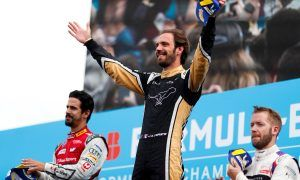 Local hero Vergne clinches home win on the streets of Paris