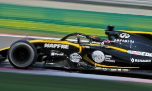 Double points delight for Renault in China