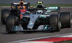 Clever Bottas avoided collision with 'brutal' Ricciardo - Wolff