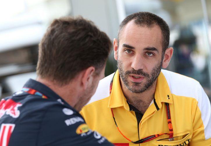 Cyril Abiteboul (FRA), Renault Sport F1 Managing Director. Christian Horner (GB), sporting director, Red Bull Racing.