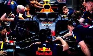 Verstappen pulls out of qualifying following gearbox change!