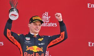 Front wing damage no handicap for Verstappen in Spain