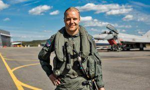 'Top Gun' Bottas takes to the skies!