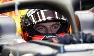 Verstappen gives two thumbs up to Red Bull-Honda deal