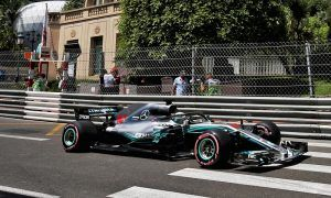 Hamilton confident Mercedes has a grip on hypersofts