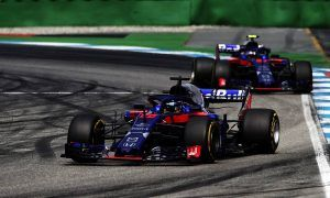 Toro Rosso 'considering ten drivers for 2019'