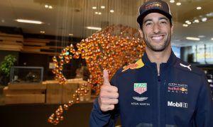 Ricciardo contract talks progress after meeting with Mateschitz