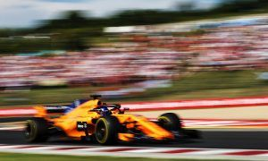 Alonso credits McLaren pitwall for 'happy Sunday'