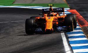 Data points to downforce issue hindering Vandoorne's car