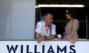 Lowe explains why Williams doesn't get blasted like McLaren