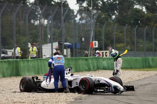 Felipe Massa (BRA) Williams FW36 crashes at the start of the race. 20.07.2014. Formula 1 World Championship, Rd 10, German Grand Prix, Hockenheim, Germany, Race Day. - www.xpbimages.com, EMail: requests@xpbimages.com - copy of publication required for printed pictures. Every used picture is fee-liable. © Copyright: Charniaux / XPB Images