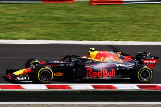 Max Verstappen (NLD) Red Bull Racing RB14. 28.07.2018. Formula 1 World Championship, Rd 12, Hungarian Grand Prix, Budapest, Hungary, Qualifying Day. - www.xpbimages.com, EMail: requests@xpbimages.com - copy of publication required for printed pictures. Every used picture is fee-liable. © Copyright: Photo4 / XPB Images