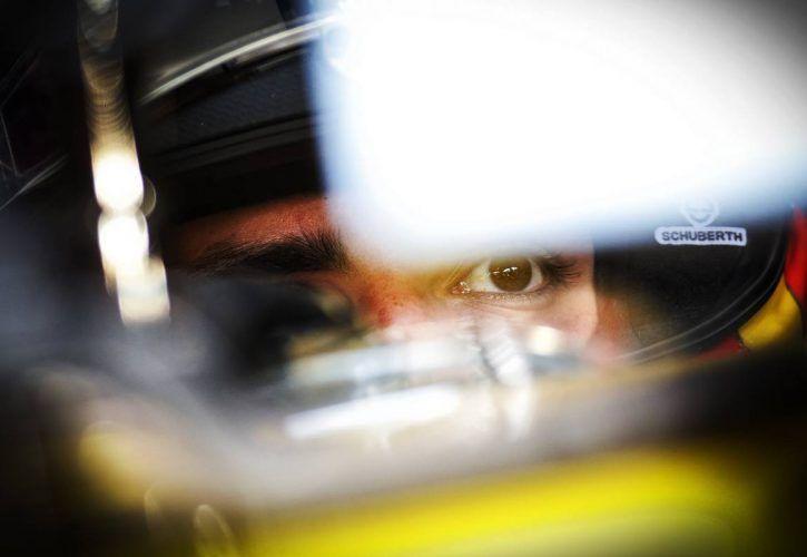 Carlos Sainz Jr (ESP) Renault Sport F1 Team RS18.